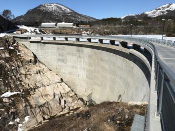 Sarvsfossen dam øverst i Setesdalen