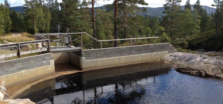 Dam kraftverk